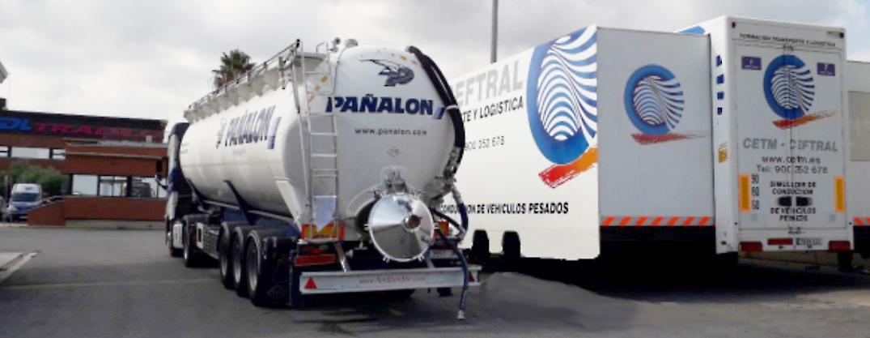 Pañalón truck and simulator in Constantí base.